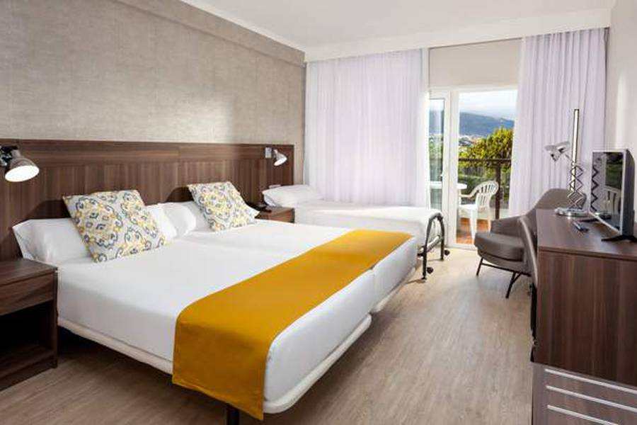 DOUBLE ROOM FOR SINGLE USE GOLF VIEW TRH Paraiso Hotel